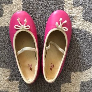 Gap dress shoes, supercute pink in great condition